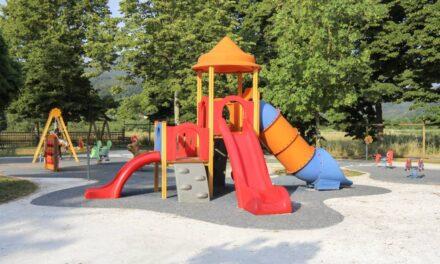 Quel mobilier urbain pour un espace de jeux pour les enfants ?
